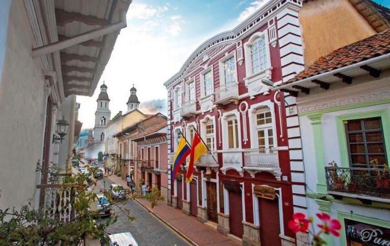 Carvallo hotel in cuenca ecuador