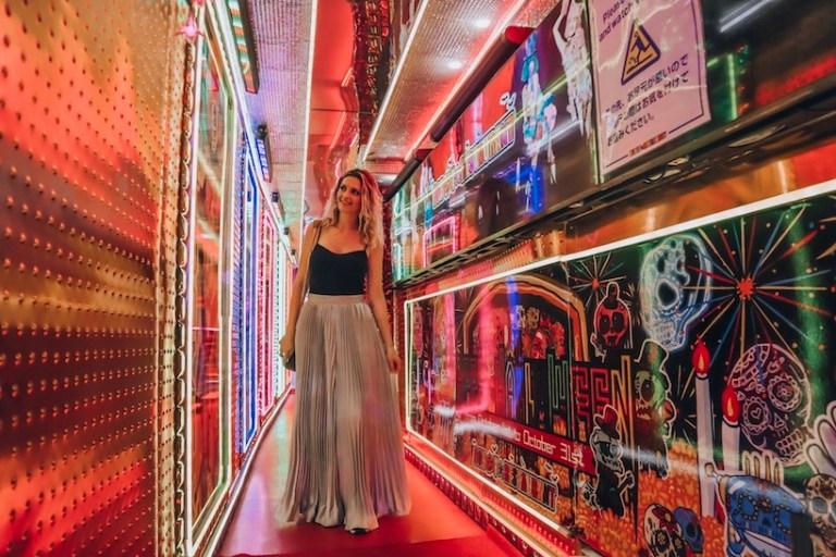 Robot Restaurant Anthony Bourdain