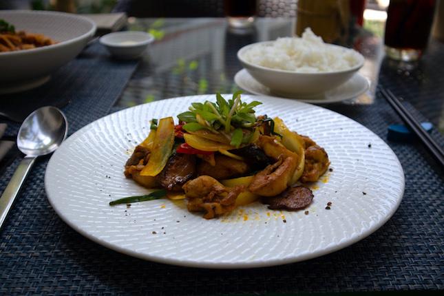 lemon grass chicken dish at four plates almanity hoi an