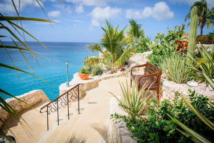 curacao cheap place to travel 2019