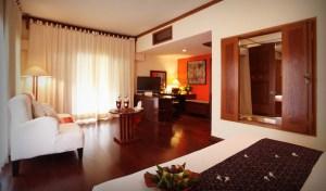 honey moonlight suite room at tugu malang