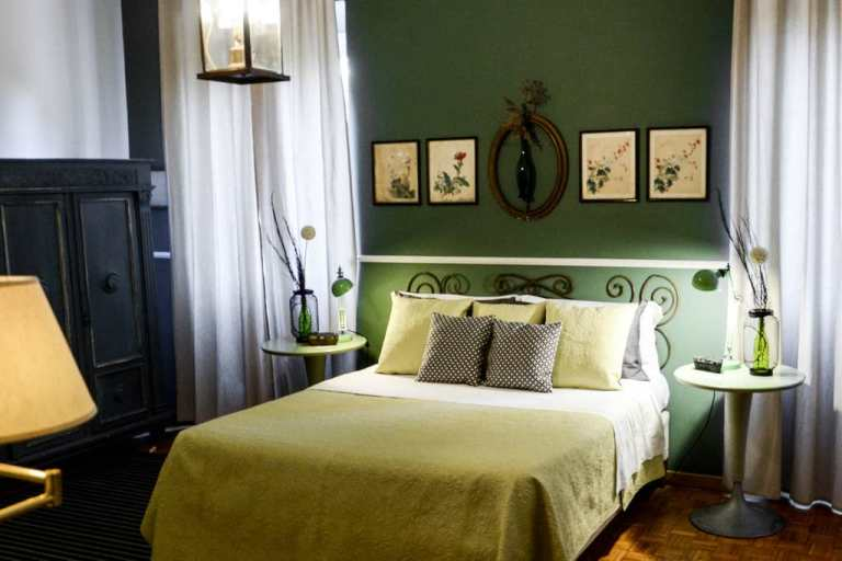 In Rome, Look to split airbnb accommodation with others to keep costs low