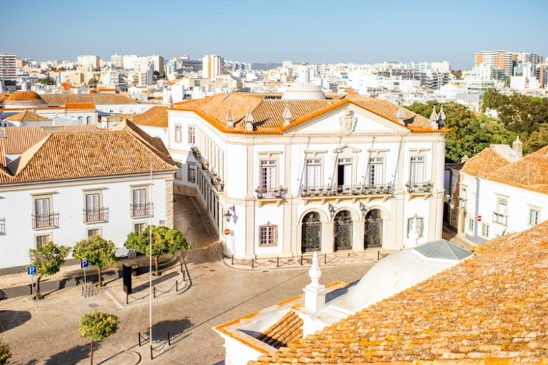 Faro portugal has warm weather all year round