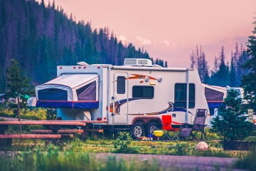 the pro's and con's of living in an RV