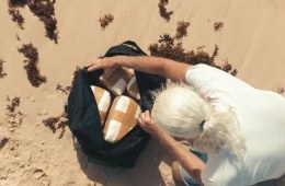 Family On Beach Vacation Finds Half a Million Dollars Worth of Cocaine