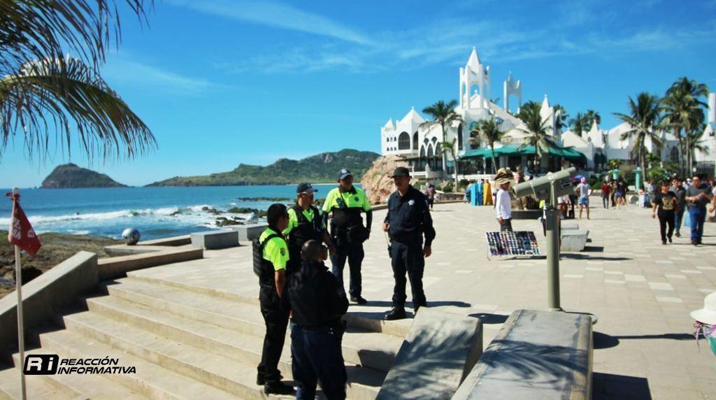 Tourist Police Patrol the Mazatlan Malecon