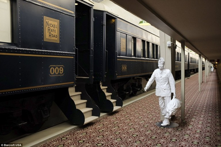 stay in a pullman train car in indianapolis
