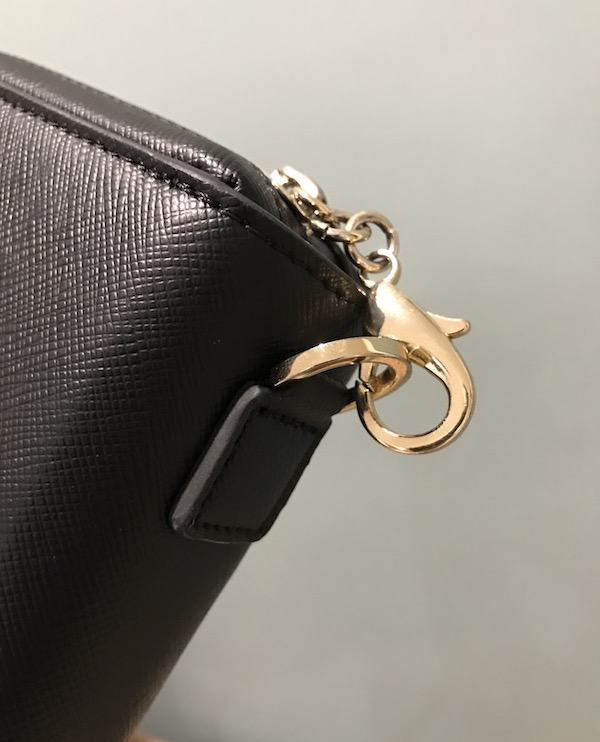 Locking zippers on Arden Cove wallet