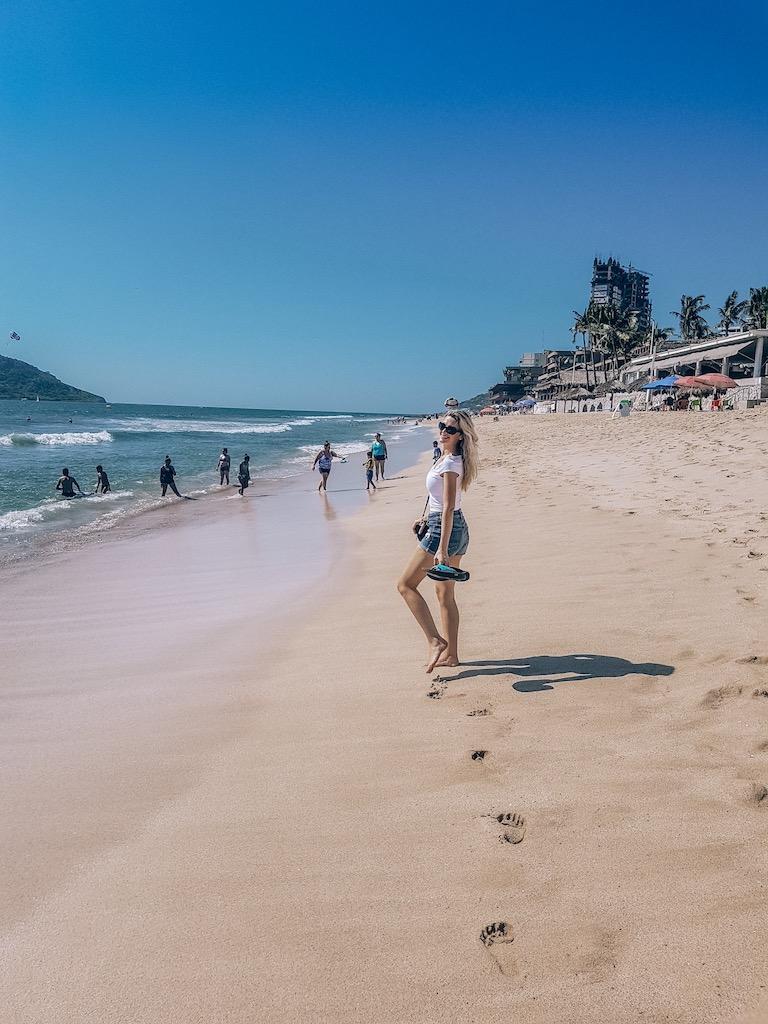 Kashlee on mazatlan beach - mazatlan weather