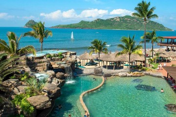 all inclusive DAY pass at the Hotel Playa Mazatlan