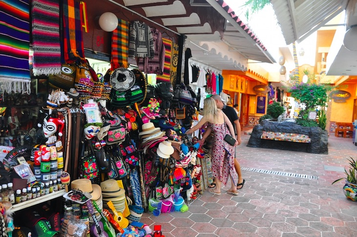 Shop n the golden zone on a cruise stop in mazatlan