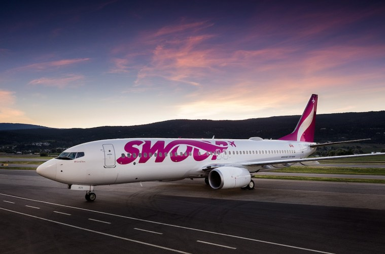 swoop airline canadian passengers stranded