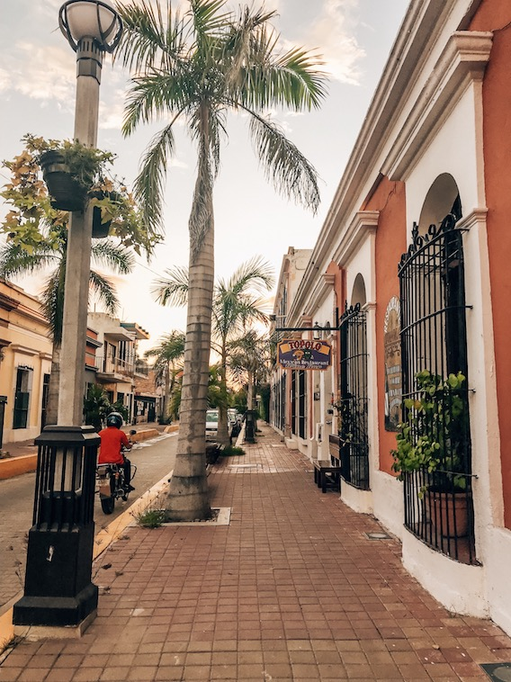areas and costs of living in mazatlan