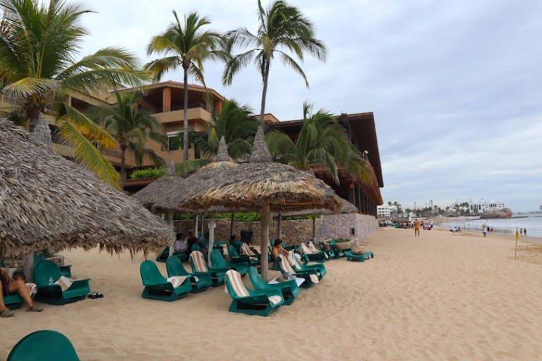 Hotel is right on the beach - hotel playa mazatlan