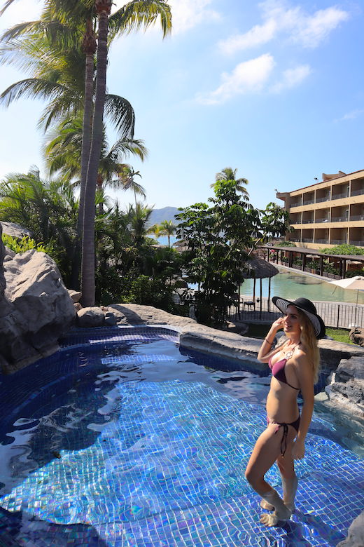 adults only pool hotel playa mazatlan
