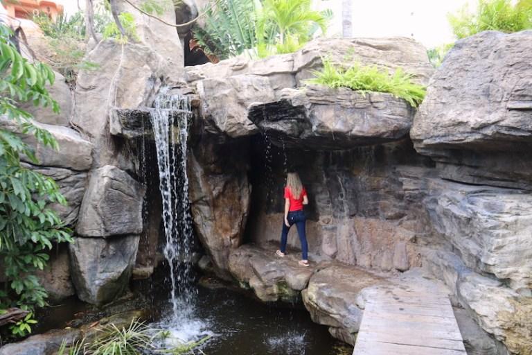 waterfall hotel playa mazatlan