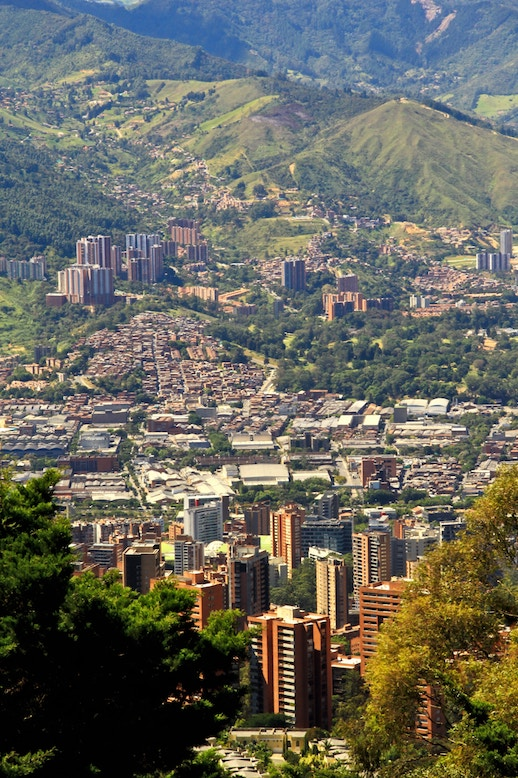 moving to medellin from the US