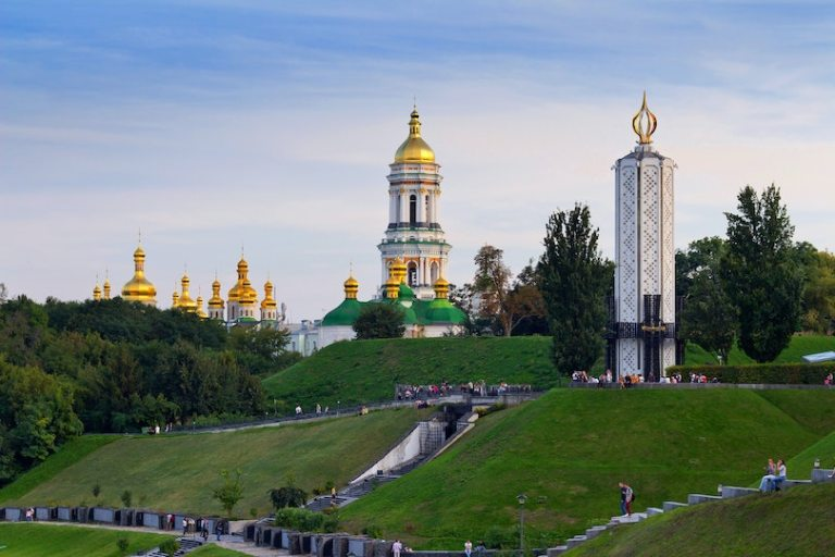 ukraine reopen for tourists