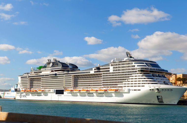 First Large Cruise Ship Back At Sea Completes 7 Day Cruise
