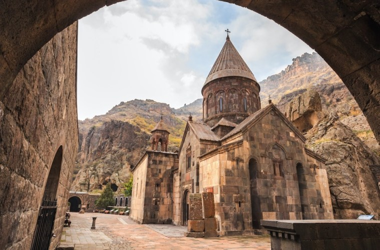 armenia reopening for tourism