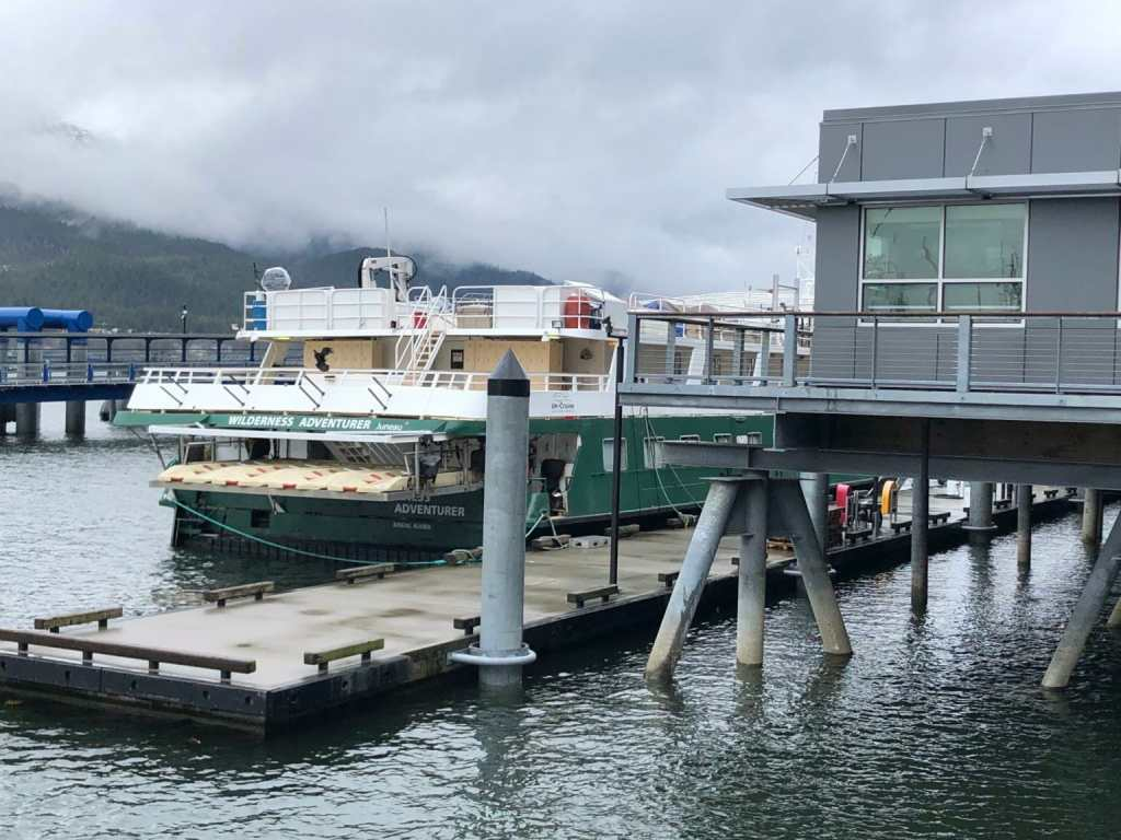 cruise ship returns to juneau alasaka