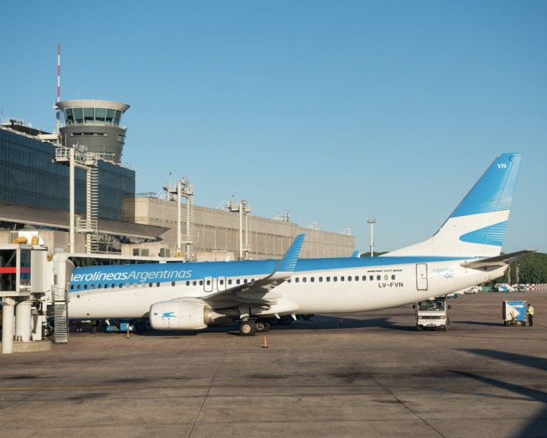 international flights banned into Argentina