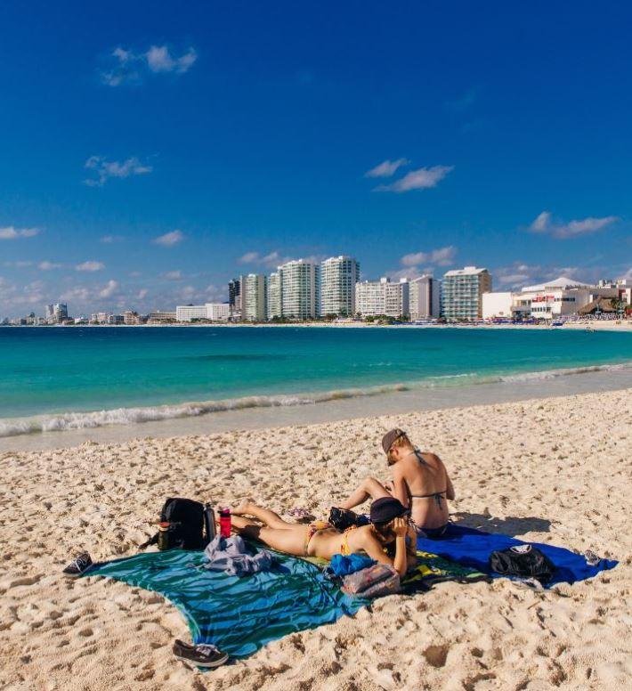 cancun beach and tourists