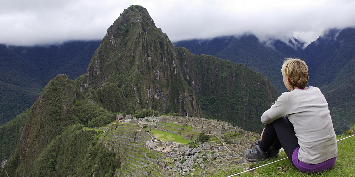 Blick auf die Inkastätte Macchu Picchu