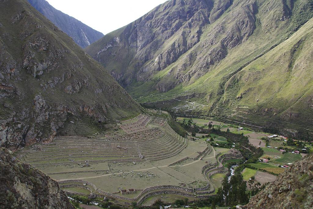 Inkaruine Ilatapata am Inka Pfad