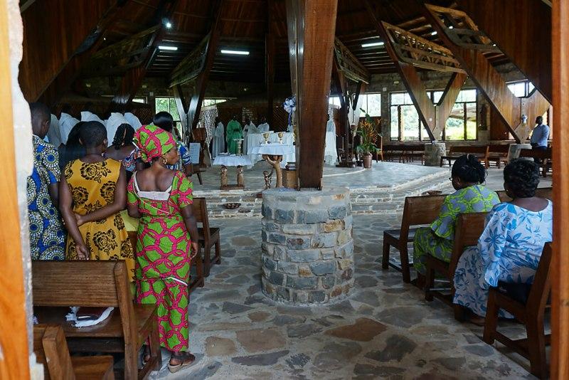 Sonntags in der Kapelle von Danyi