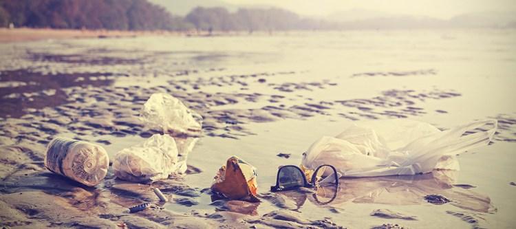 Toerismebedrijven tekenen voor minder plasticvervuiling