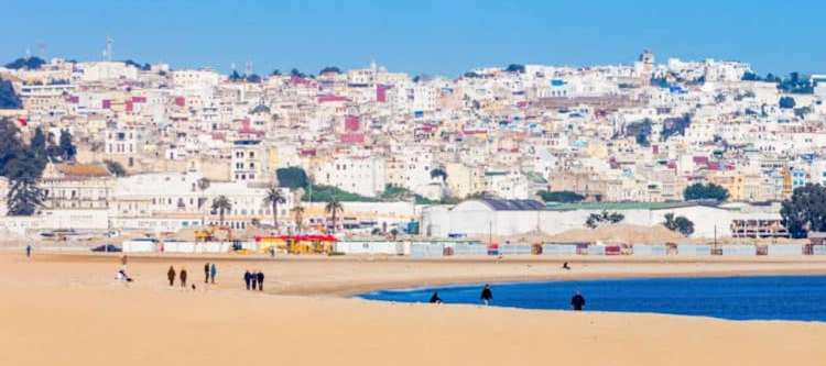 Tanger, gelegen in Noord-Marokko en tevens de meest noordelijk gelegen stad van het Afrikaanse continent.