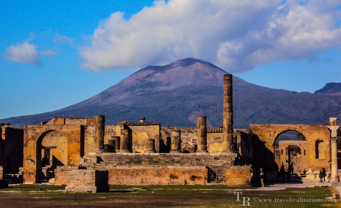 Exploring the threshold of death -Mount Vesuvius!