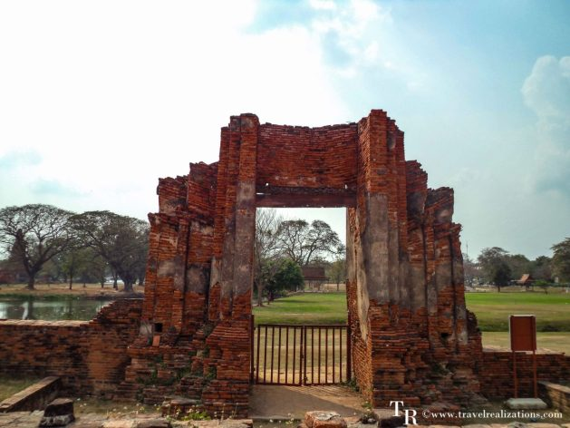 """The imprints of time at """"Wat Maha That"""" in Ayutthaya, Thailand, Travel Realizations, gate, Ruins"""