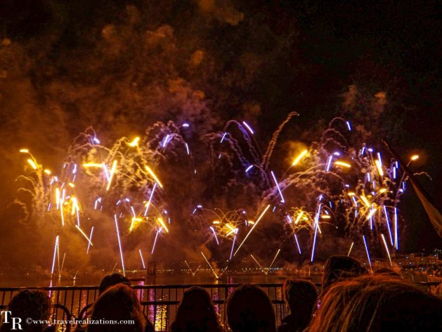 Conquering the darkness - Geneva Festival Fireworks in Switzerland, Travel Realizations