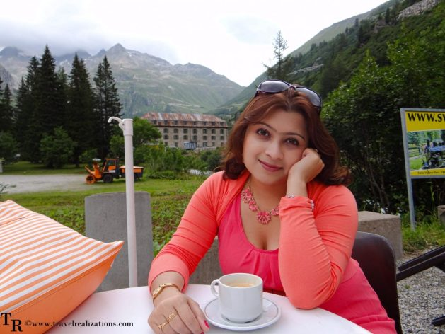 A Coffee cup and a story in Gletsch, Switzerland, Travel Realizations