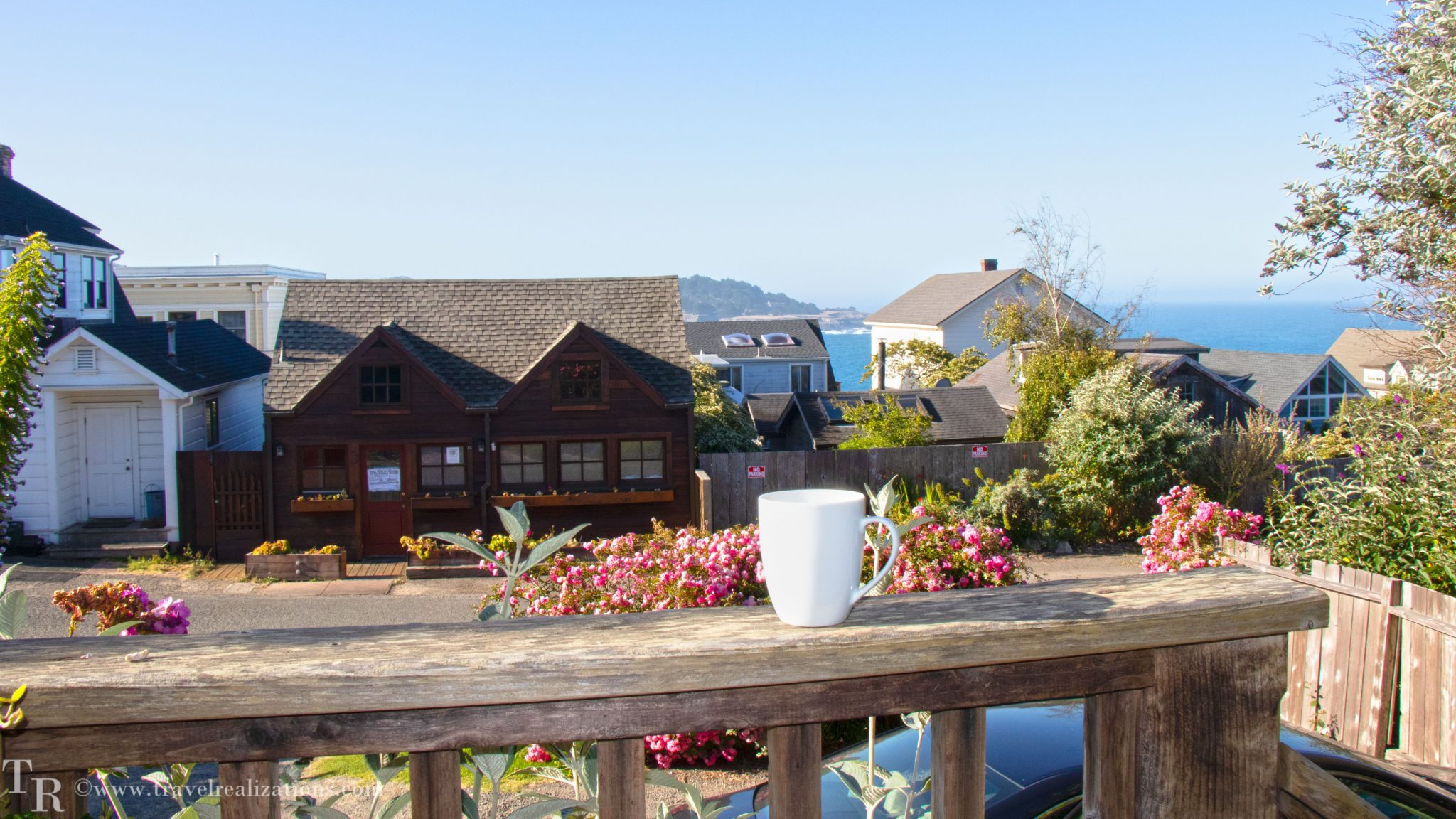 JD House - A beautiful boutique hotel in blooming Mendocino!