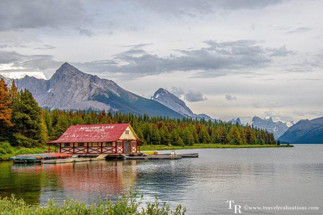 Chronicles of Canadian Rockies - Banff and Jasper, Travel Realizations, Maligne Lake