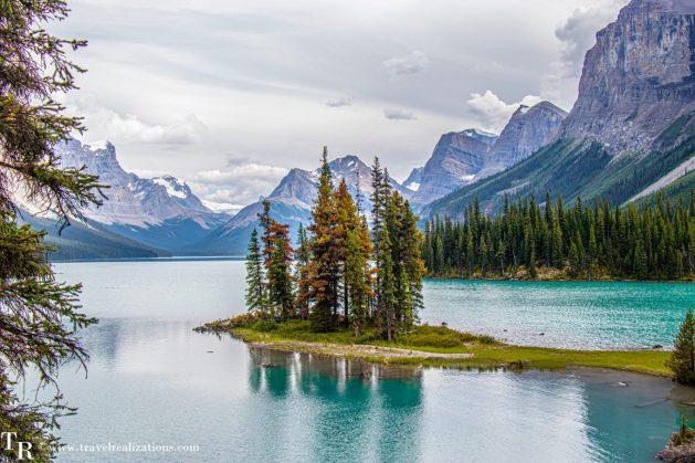 Chronicles of Canadian Rockies - Banff and Jasper, Travel Realizations, Maligne Lake , spirit Island