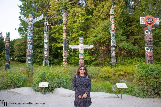 Beautiful Vignettes of  Vancouver, Travel Realizations, Stanley Park, Totem poles in Stanley Park