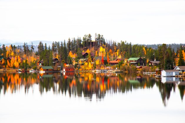 Fall Foliage in Grand Lake, Colorado, Travel Realizations