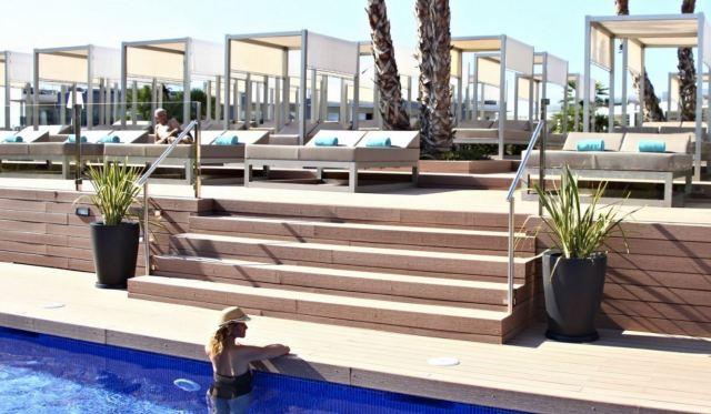 Viva Zafiro, Alcudia chill out pool