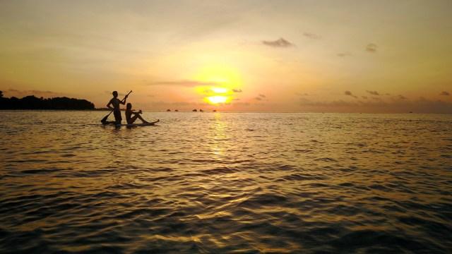Paddleboarding, Maldives