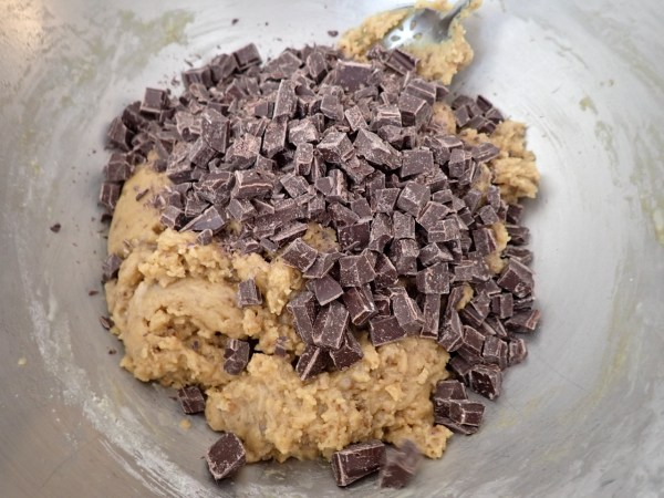Vegan cookie dough with chocolate chunks.