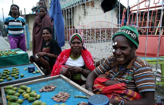 papua bettles jayapura hiking the baliem valley on a budget