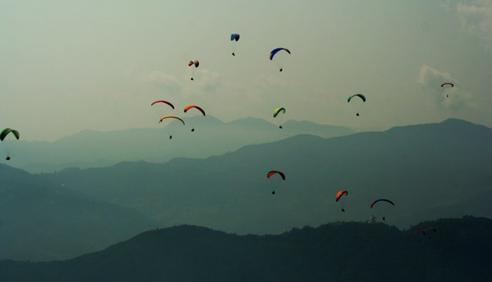 best things to do in Pokhara paragliding
