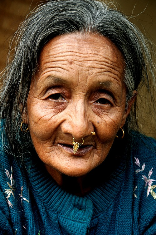 annapurna base camp sanctuary woman people