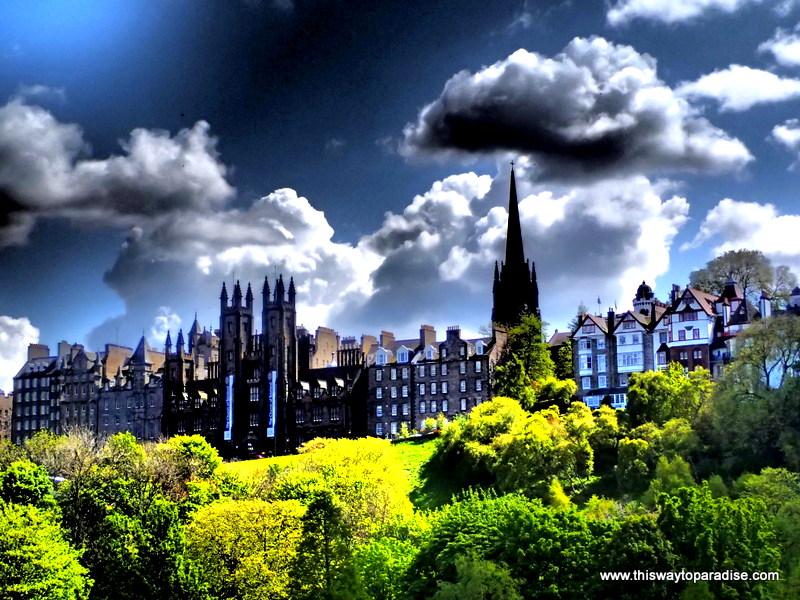 Edinburgh where to travel alone