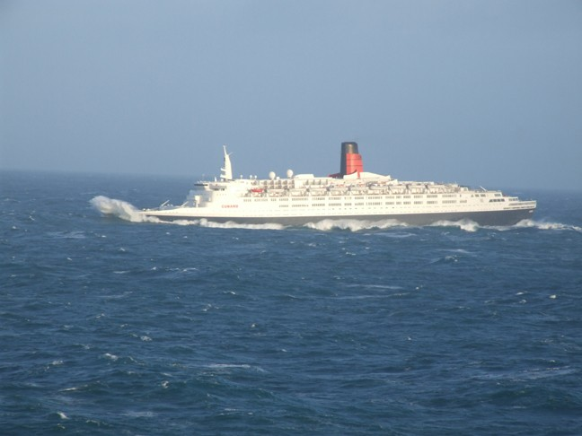 The QE2 having a rough ride on the North Atlantic, Jan 2008.