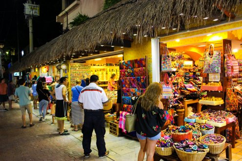 5th Avenue in Playa del Carmen - Souvenir Shops